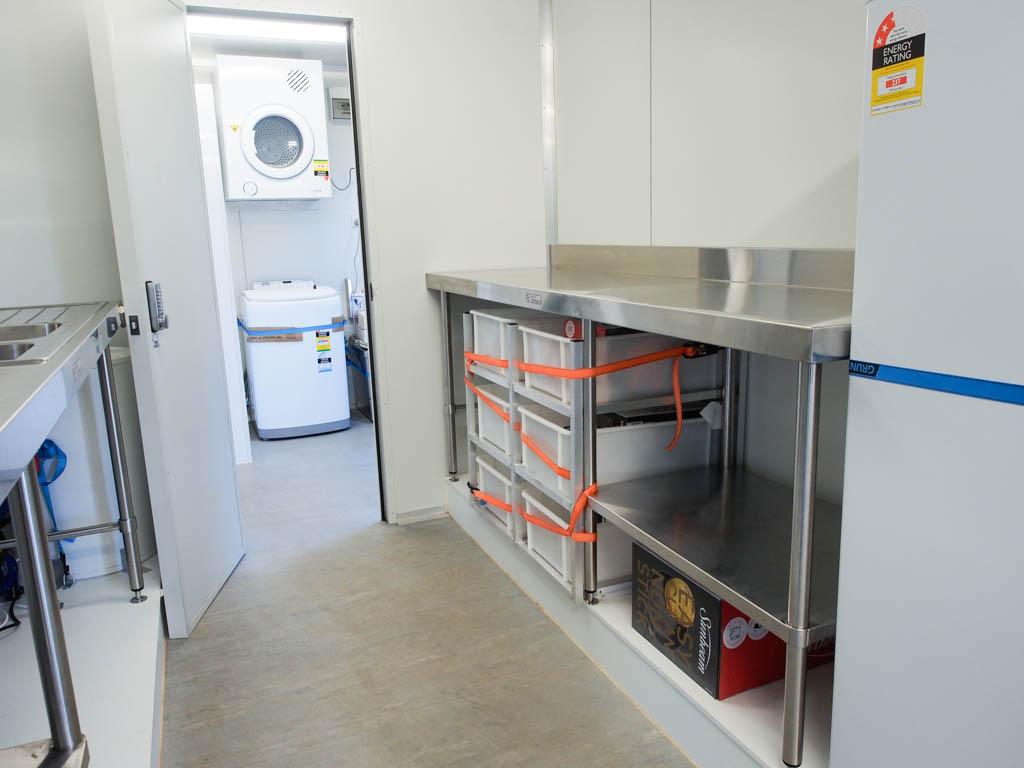 BBB Caravan Series Crib Inside